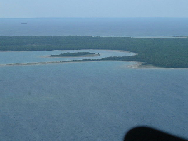 Chopper GardenIsland2.JPG (34399 Bytes) What Draws Visitors To Garden Island ?